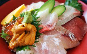 金目亭の海鮮丼