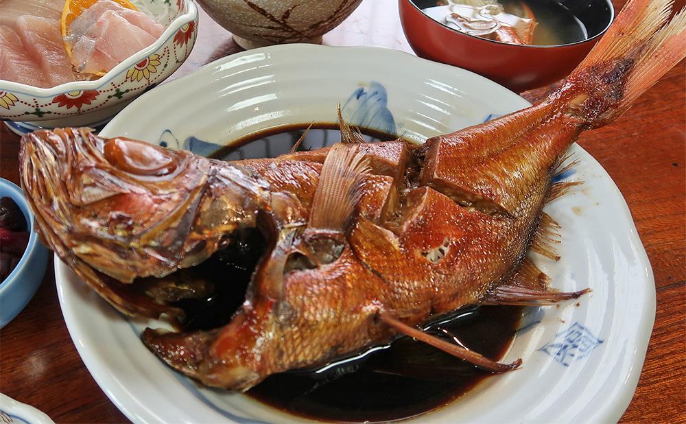 いず松陰【下田】金目鯛の姿煮とお刺身を堪能|伊豆ご当地サイト