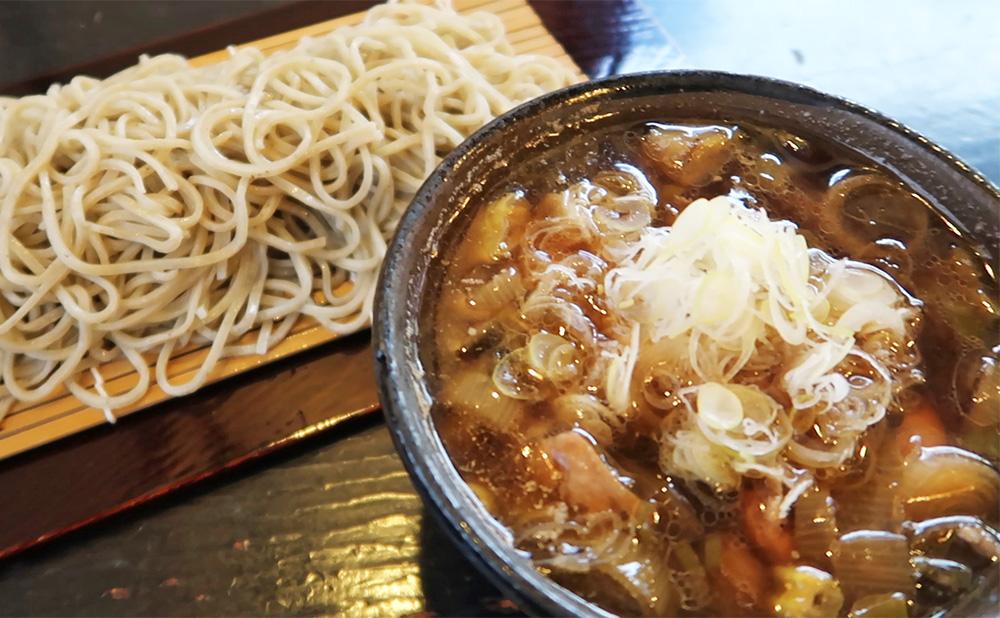 下田【いし塚】人気メニューの鴨汁そばでランチ|伊豆グルメ観光