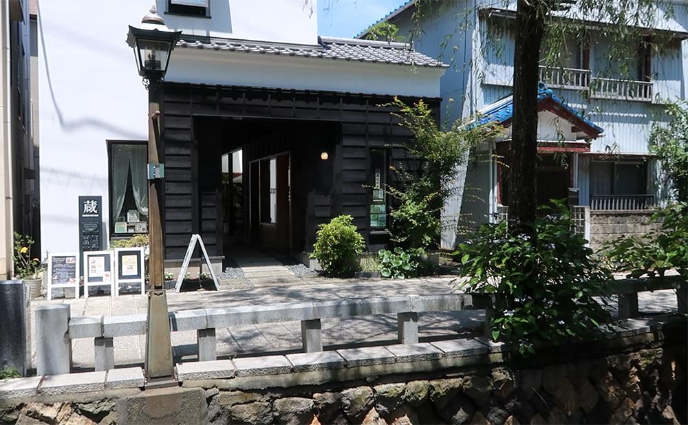 下田の町を散策!レトロな建物とペリーロード